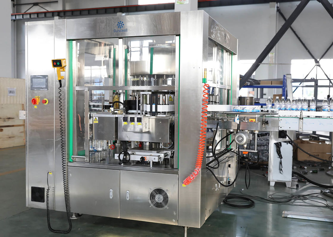 Roll - Feed Bottle Labeling Machine , OPP / BOPP Film Hot Melt Glue Labeling Machine